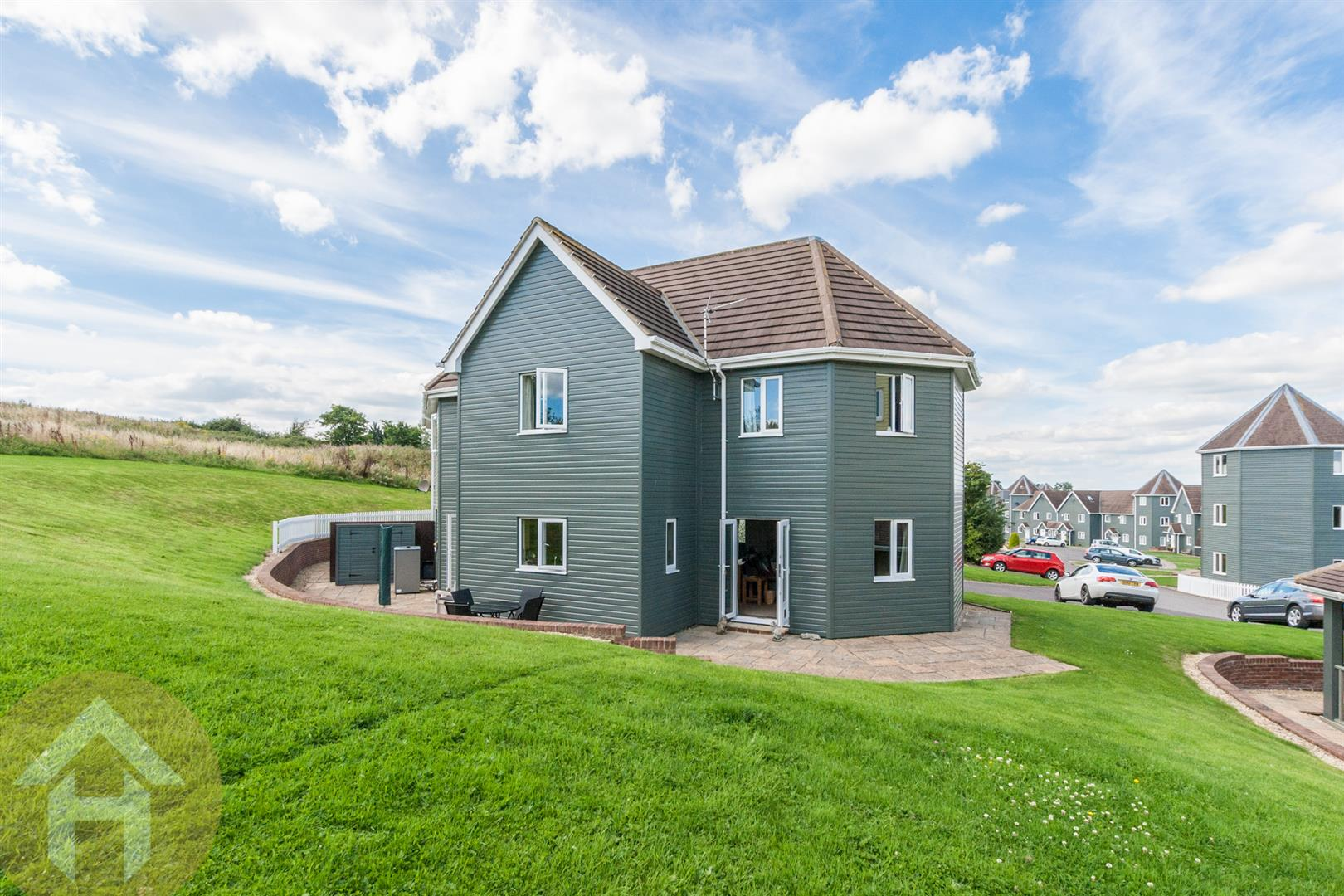 4 Bedrooms Semi Detached House for sale in The Wiltshire Leisure Village, Nr Royal Wootton Bassett
